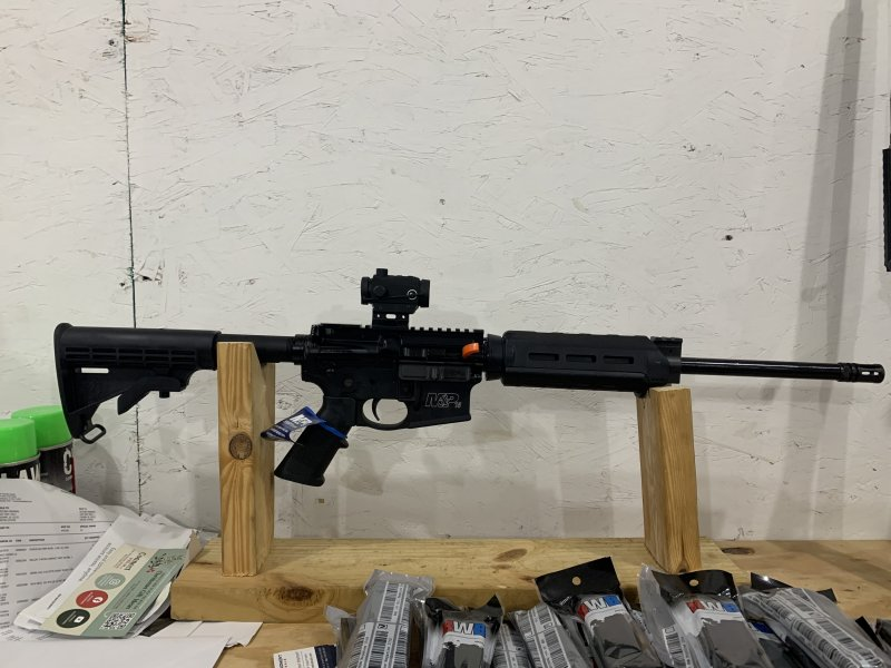 S&W m&p15 556 mlok with red dot Picture