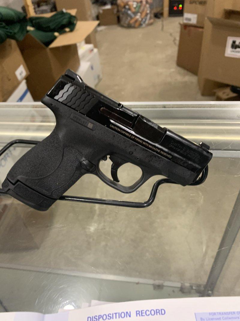 Smith & Wesson m&p 9 shield 2.0 Picture