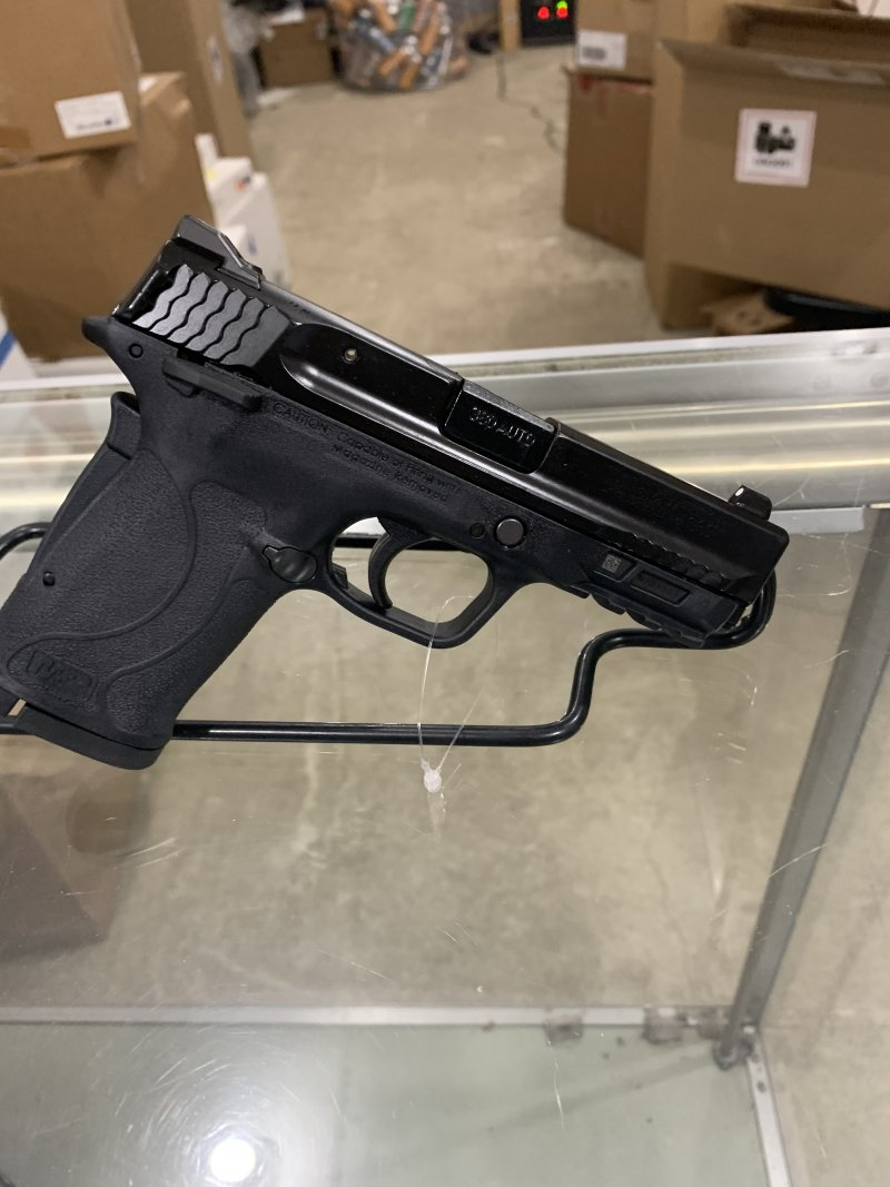Smith & Wesson m&p shield 2.0 EZ 380 auto  Picture