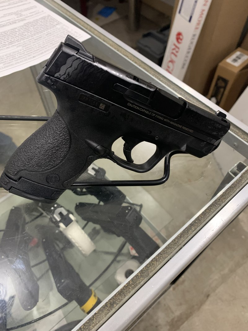 Smith and Wesson M&P shield 9mm Picture