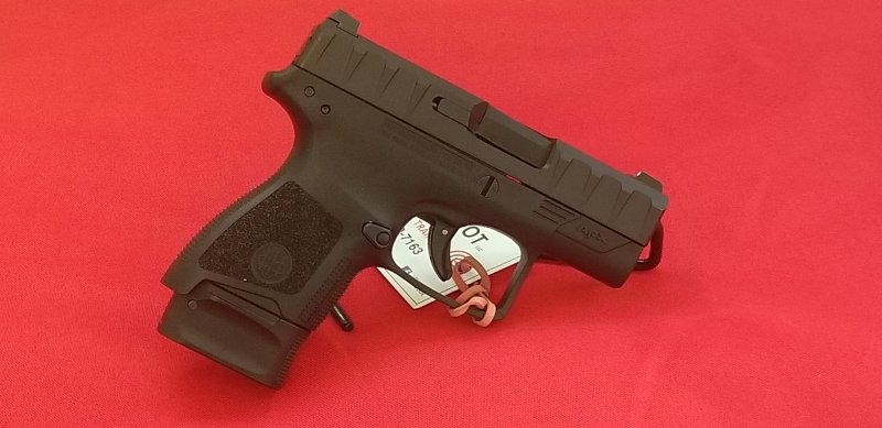 Beretta APX Carry Picture