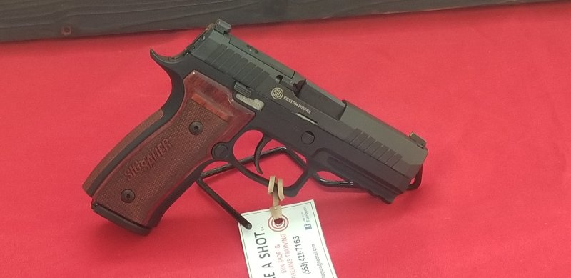 Sig Sauer P320AXG Picture