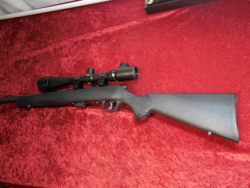 """Savage Mark II .22 lr BA 21"""" Bull BBL BSA Mil dot 4-16 Scope Picture"""